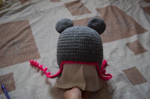 Як викроїти і вшити підкладку із флісу у в'язану шапочку з вушками - 24
