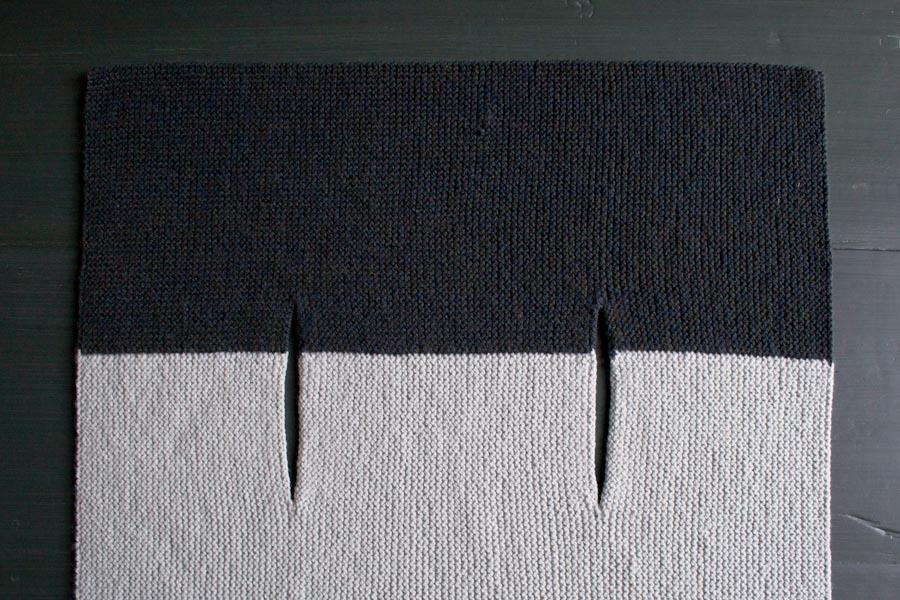 Жилетка (безрукавка) прямокутник зв'язана поперик спицями - 1