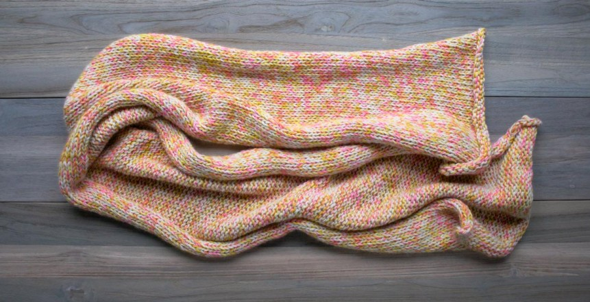 В'язаний шарф з меланжевої пряжі спицями - 1