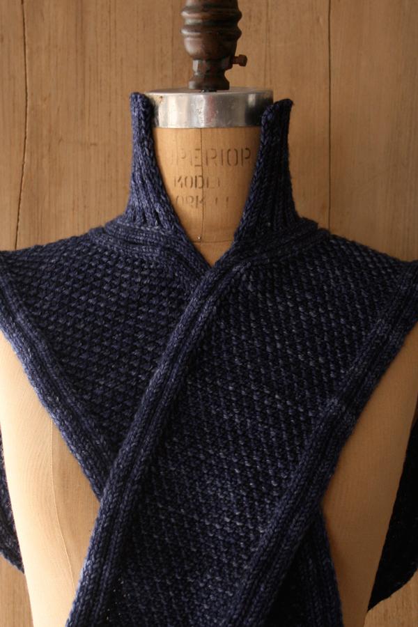 В'язаний шарф-светер спицями - 10