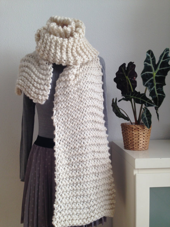 Широкий шарф спицями - 2