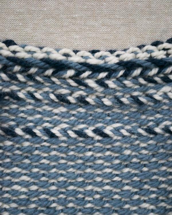 В'язаний жакардовий шарф спицями - 3