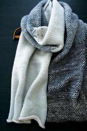В'язаний жакардовий шарф спицями - 10