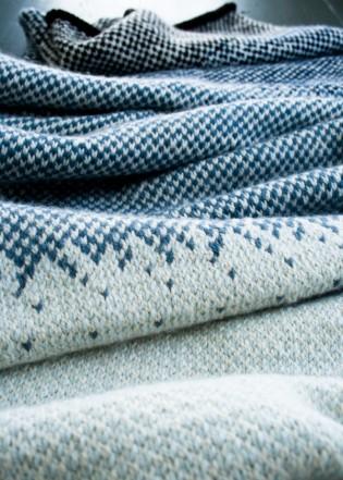 В'язаний жакардовий шарф спицями - 15