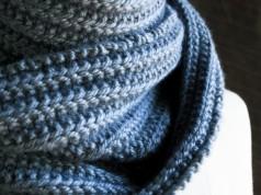 В'язаний шарф з двухстороннім візерунком - 1