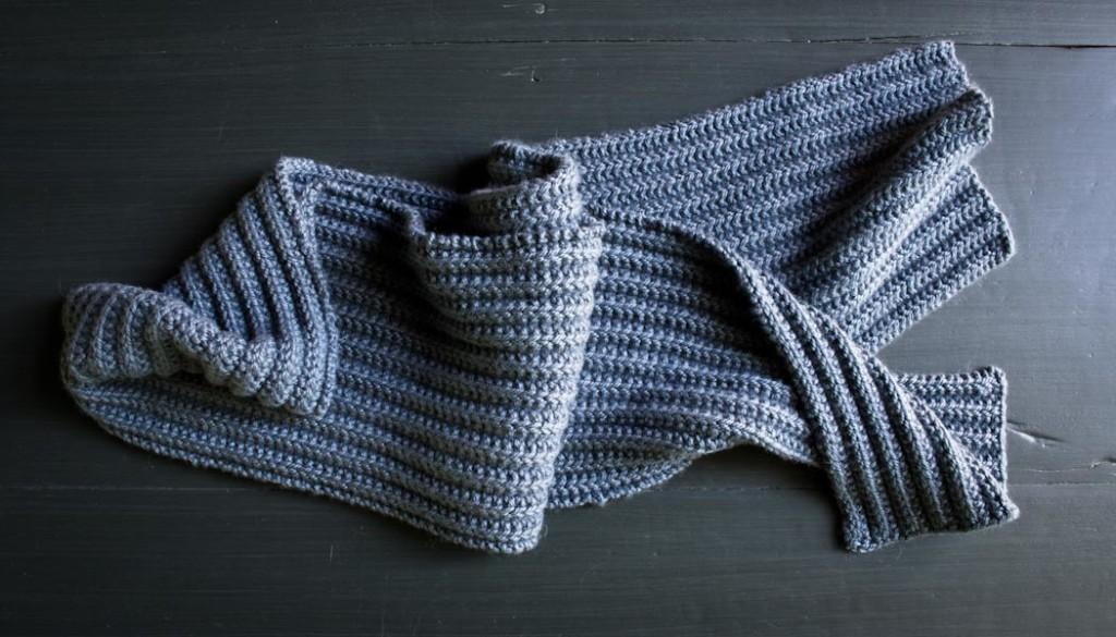 В'язаний шарф з двухстороннім візерунком - 6
