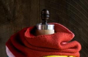 В'язаний широкий шарф у кілька кольорів - 1