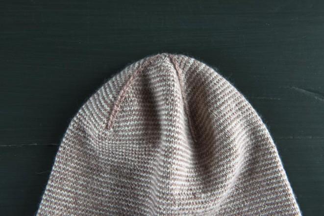 В'язана весняна шапочка - 10