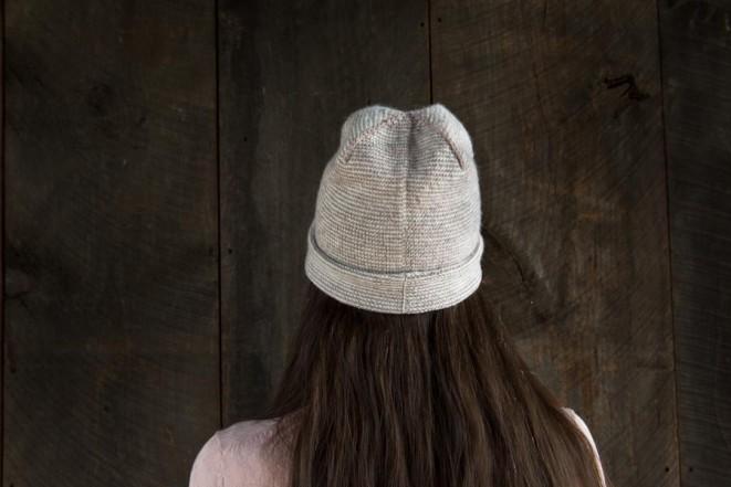 В'язана весняна шапочка - 8