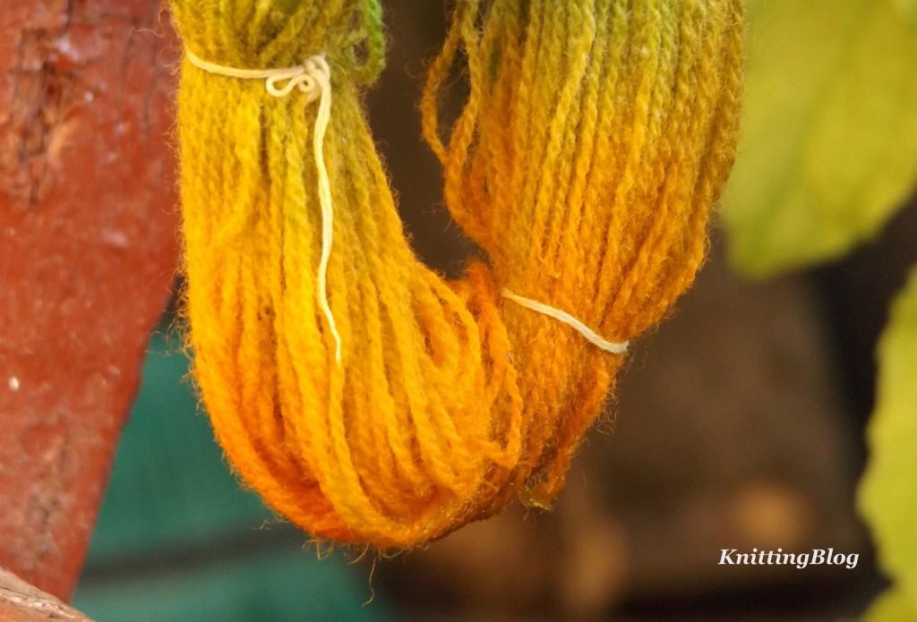 Фарбування пряжі Етно-натура в домашніх умовах МК (23)