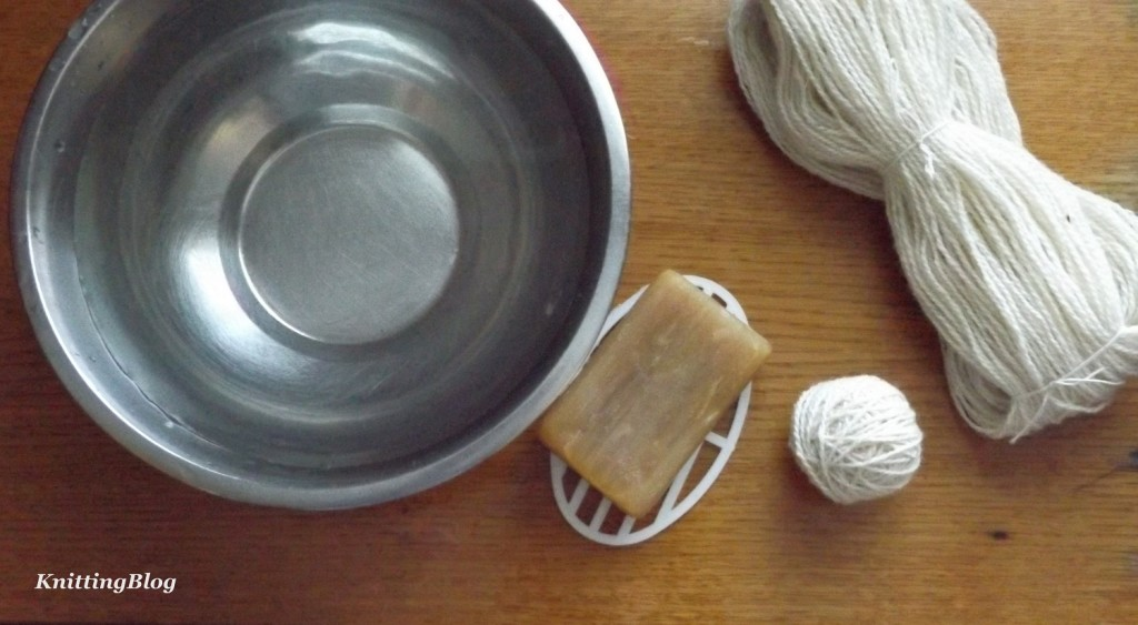 Фарбування пряжі Етно-натура в домашніх умовах МК (7)