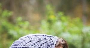 В'язана шапочка з ажурним візерунком - 2